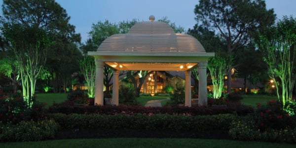 Commercial and Outdoor Home Lighting - Robert Huff